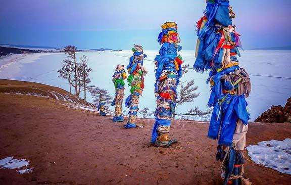 Une photo du Lac Baïkal : chamanisme